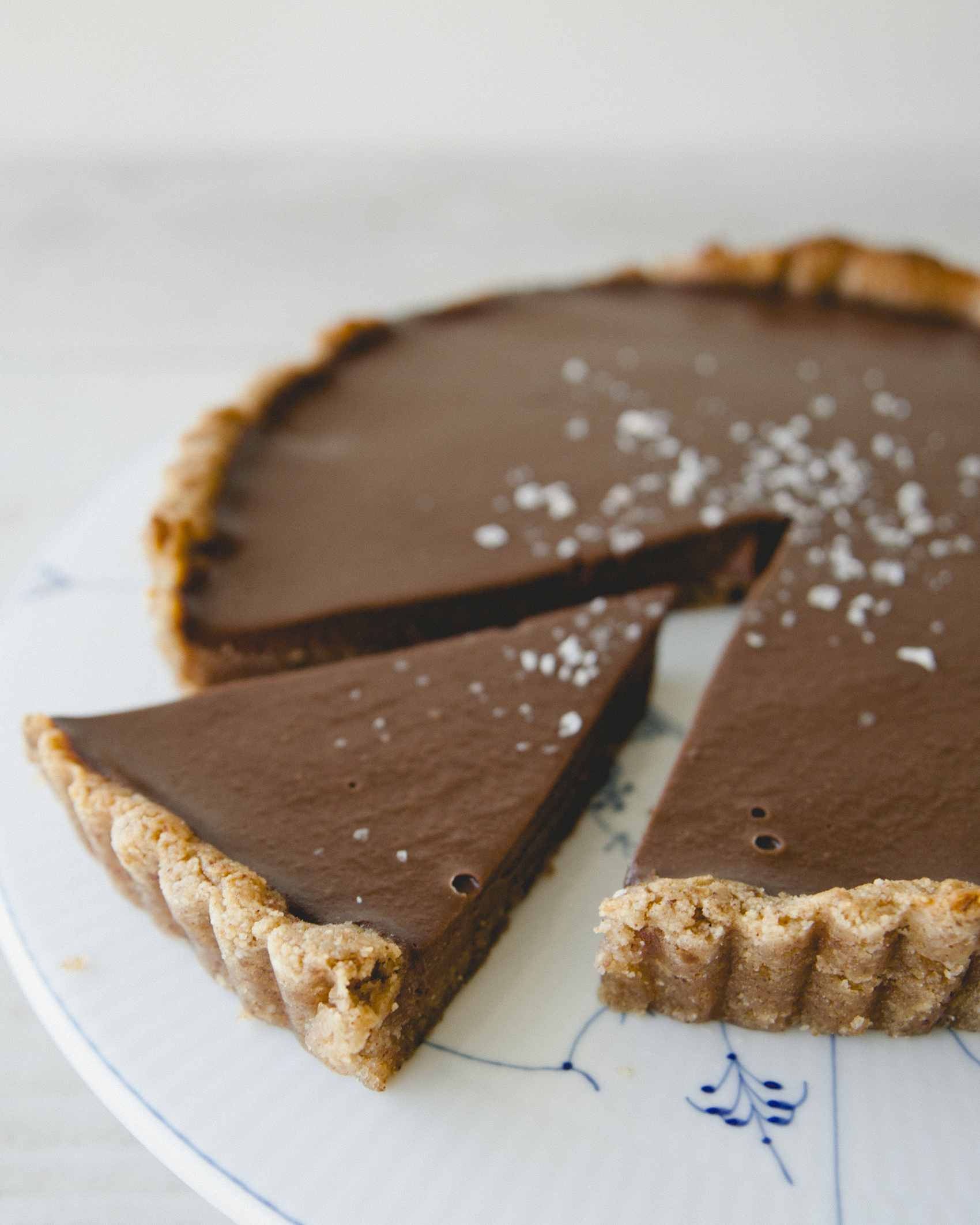 Chocolate Truffle Tart \ Sweet Laurel