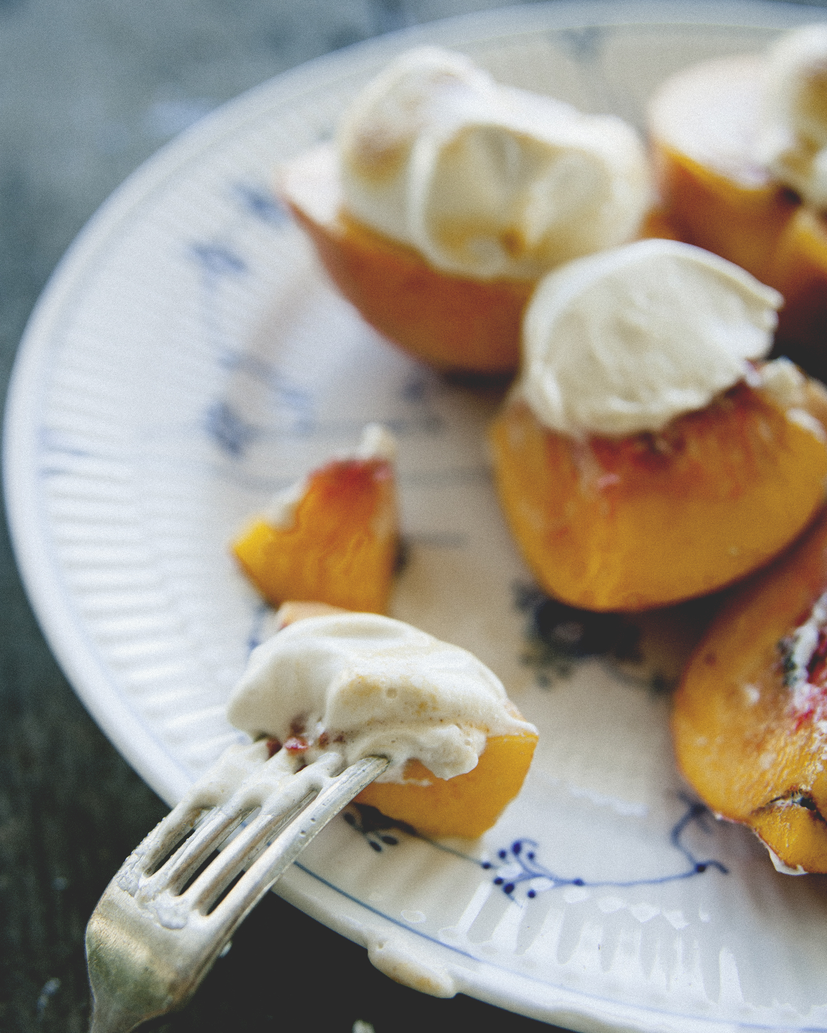 Toasted Honey Marshmallow with Peaches \ Sweet Laurel