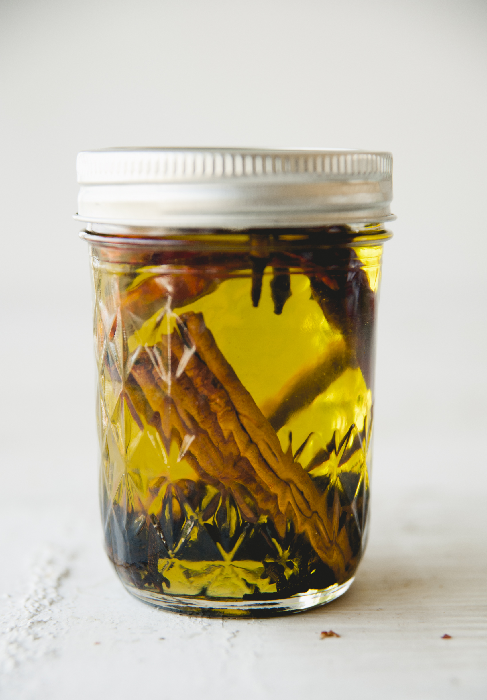 Infused Oil \ Sweet Laurel