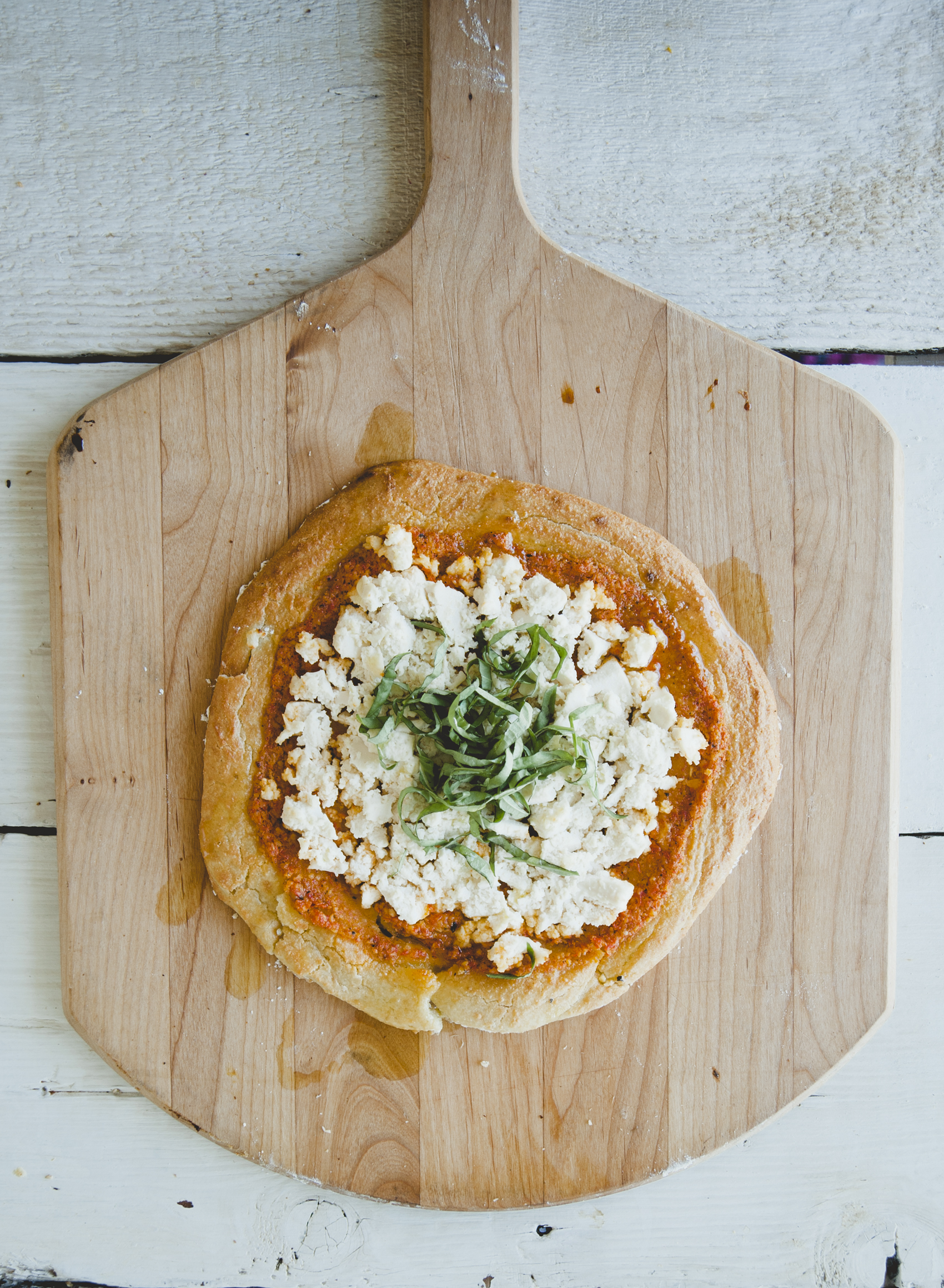 Paleo Margherita Pizza \ Sweet Laurel