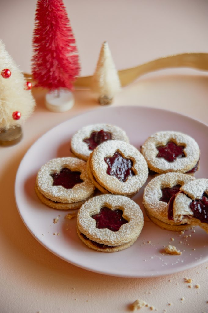 Sweet Laurel Linzer Cookies